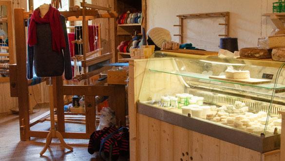 Boutique côté fromage métier à tisser